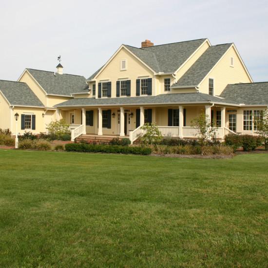 farmhouse custom home
