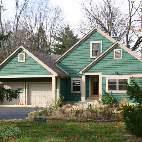 cottage custom home