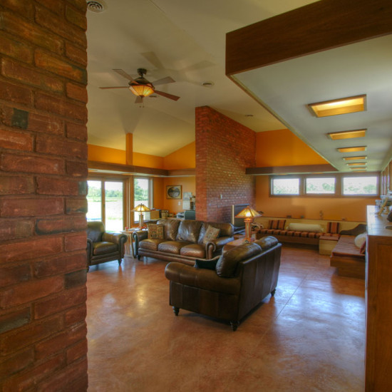 prairie ranch family room
