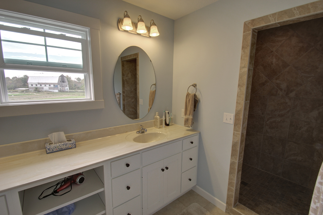 new england cottage master bath